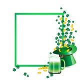 Grünes Bier und Hut und Münze Stockfotos