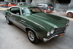 Grünes Chevrolet Malibu Lizenzfreie Stockfotografie