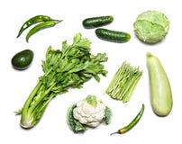 Grünes Gemüse lokalisiert auf weißer Draufsicht Stockbilder