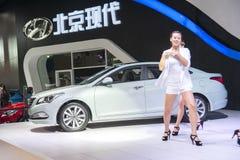 Grünes Hyundai-mistra Auto Lizenzfreie Stockfotografie