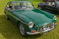 Grünes klassisches britisches Sport-Auto MGB GT Stockfoto
