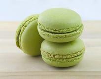 Grünes Macarons Stockbild
