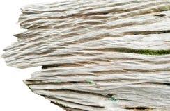 Grünes Moos auf hölzerner Beschaffenheit Lizenzfreies Stockbild