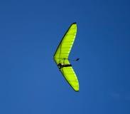 Grünes Segelflugzeug. Lizenzfreie Stockfotografie