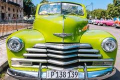 Grünes Weinlese Parkplatz in altem Havana, Kuba stockfoto