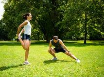 Grże ćwiczyć - pary target104_0_ przed Zdjęcie Stock