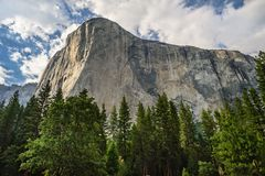 Gr Capitan in het Nationale Park van Yosemite stock foto's