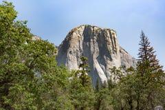 Gr Kapitein Rock in het Nationale Park van Yosemite, Californië stock fotografie