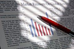 går marknaden upp Arkivbild