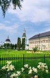 Gör till kung slottar Snickare- och Calichetorn St Sergius Lavra för helig Treenighet Fotografering för Bildbyråer