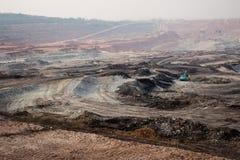 Graafwerktuig bij de bruinkool bovengrondse mijnbouw Royalty-vrije Stock Fotografie