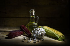 Graan en maïsolie Stock Foto's