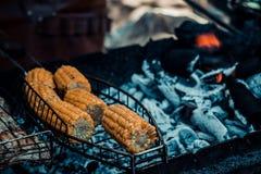 Graan op de grill stock fotografie