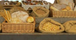 Graangewassenbrood stock video