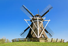 Graanmolen op Frisian-eiland Ameland Stock Foto