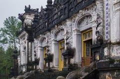 Grab des Kaisers Khai Dinh, Farbe, Vietnam stockfotos