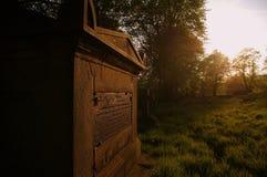 Grab in Prestwich-Kirchhof, Großbritannien lizenzfreies stockbild