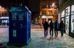 4 grabbar förlorade fotografering för bildbyråer