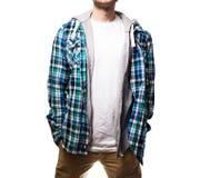 Grabben, hipster i den svarta t-skjortan, plädblått, skjortamellanrum royaltyfri bild