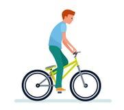 Grabben på cykeln Vit bakgrund Royaltyfria Bilder