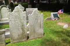 Grabstein mit Markierungsfahne für Francis Hopkinson Lizenzfreie Stockfotos