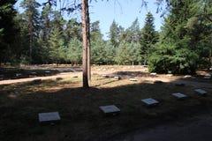Grabsteine auf dem Feld der Ehre Loenen in den Niederlanden lizenzfreies stockbild
