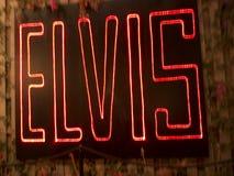 Graceland är hemmet av sångaren Elvis Presley i stil av en antebellum herrgård och en magnet för musikfans Royaltyfria Foton