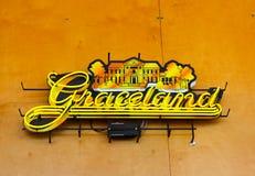 Graceland Neonowy znak przy Memphis gościa centrum, Memphis Tennessee obraz stock