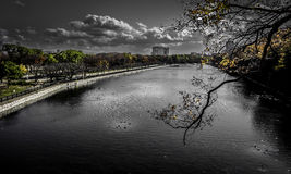 Grachtmening van Osaka Castle Royalty-vrije Stock Afbeelding