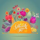 Gracias cardar en colores brillantes Fondo floral elegante con el texto, las bayas, las hojas y la flor Imágenes de archivo libres de regalías