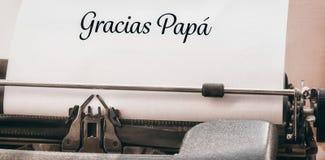 Gracias far som är skriftlig på papper Royaltyfri Foto