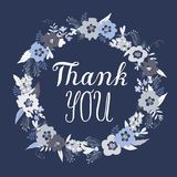 Gracias tarjeta de felicitación con las flores del garabato Fotos de archivo libres de regalías