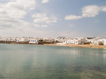 Graciosaeiland, Spanje, stedelijke mening. Royalty-vrije Stock Foto's