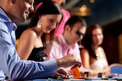 graczów grzebaka stół Zdjęcia Royalty Free