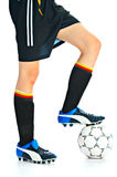 Gracz piłki nożnej z piłką Obrazy Royalty Free