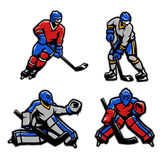 Gracz w hokeja i bramkarzi ustawiający Fotografia Royalty Free