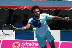 Gracz w tenisa Jo-Wilfried Tsonga narządzanie dla australianu open przy Kooyong klasykiem w Melbourne Obrazy Royalty Free