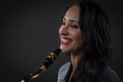 gracza piękny saksofon Fotografia Stock