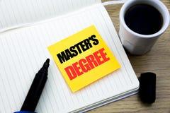 Grad för förlage s för visning för inspiration för överskrift för handhandstiltext Affärsidé för akademisk utbildning som är skri royaltyfri bild