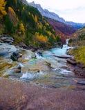 Gradas de Soaso στην κοιλάδα Πυρηναία Huesca SP Ordesa ποταμών Arazas Στοκ Εικόνα