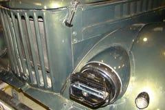 Grade, amortecedor dianteiro e caminhão velho do farol Imagem de Stock