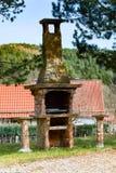 Grade da pedra no jardim Foto de Stock