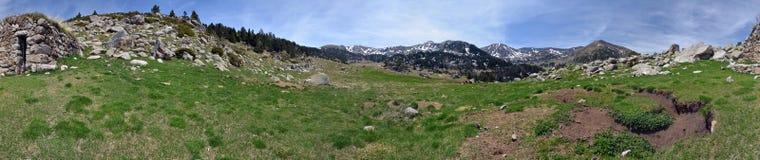 360 gradi di panorama cilindrico di Madriu-Perafita-Claror Valle Fotografie Stock