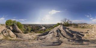 360 gradi di panorama del tepe di Nebet a Filippopoli, Bulgaria Immagine Stock