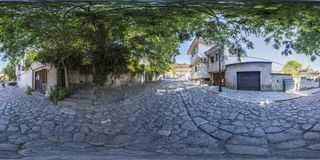 360 gradi di panorama di una via a Filippopoli, Bulgaria Fotografia Stock Libera da Diritti