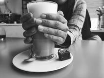 Gradico il caffè fotografia stock libera da diritti