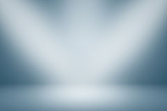 Gradients bleus et blancs pour le projet créatif pour la conception, fond bleu avec la lumière de studio Photographie stock