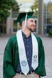 Graduado da faculdade no terreno em Oregon Fotografia de Stock