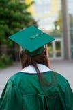 Graduado de la universidad en campus en Oregon Foto de archivo