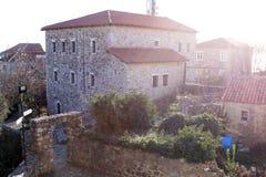 Graduado de Stari perto da opinião de mar de adriático (Montenegro, Ulcinj, inverno) Fotografia de Stock Royalty Free